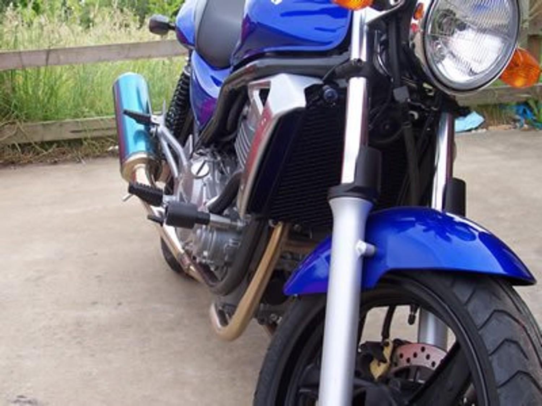 Kawasaki ER5 Crash Protectors CP0159BL, CP0159WH